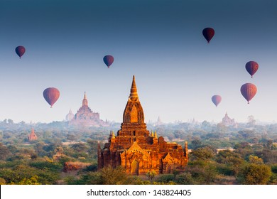 temples in Bagan, Myanmar, UNESCO World Heritage Site