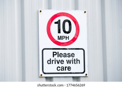 Ten mph construction building site speed safety sign England