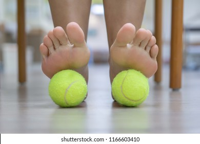 The Tennis Ball Treatment : The ball will apply pressure to the painful spot and raise the procedure. It's effective, but you need to give it time to work.