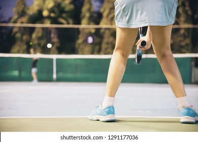 Tennis match which the opponent serving lady player - tennis sport game concept