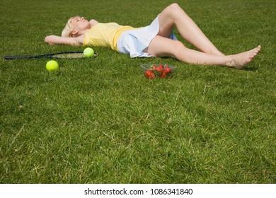 Tennis player lying down