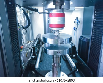 tensile strength tester machine on laboratory using in the industry. Strength property makes it  can be loaded heavy weight of mass.
