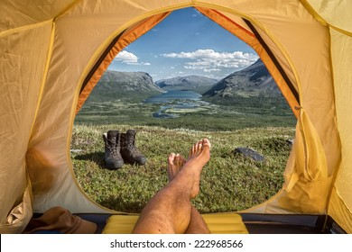 Tent lookout over the Rautasjaure in northern sweden
