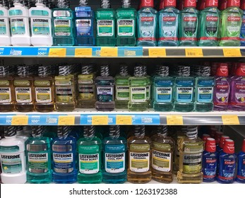 TERENGGANU, MALAYSIA - Dec 19, 2018 : Assorted of brand LISTERINE bottle on the supermarket shelf.