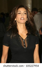 Teri Hatcher at the 'All in For All Good' Celebrity Poker Tournament benefitting Maximum Hope Foundation and Dream Foundation. Commerce Casino, Commerce, CA. 05-30-09