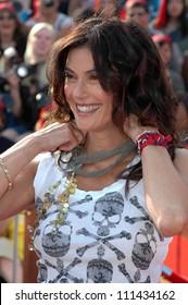 """Teri Hatcher at the World Premiere of """"Pirates of the Caribbean: At World's End"""" Benefitting the Make A Wish Foundation. Disneyland, Anaheim, CA. 05-19-07"""