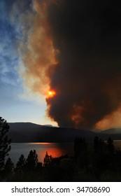 Terrace Mountain Fire, Kelowna, BC, Canada