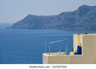 Terrace on the sea ( Oia ) - Santorini Island - Aegean sea - Greece