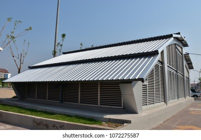 The terrace roof top of warehouse at public park in thailand