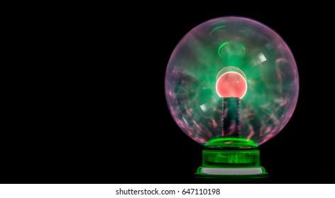 Tesla coil - electrostatic plasma sphere in the dark