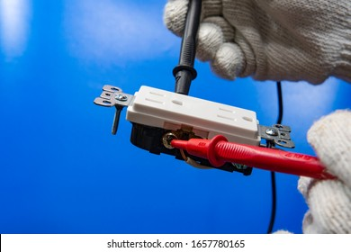 Test the connection and grounding of the outlet before installation__