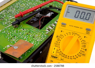 Test meter and circuit board