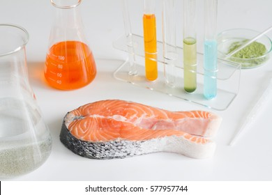 Test salmon fish in laboratory control of mercury and toxic dye