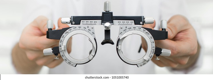 test vision equipment, optometrist trial frame close-up