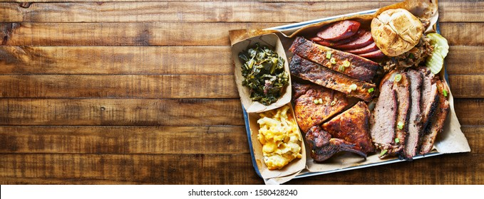 texas bbq platter on wooden table in copy space composition