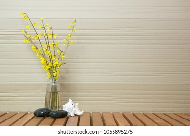 texsture with yellow flowers