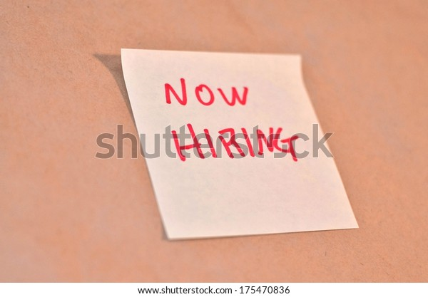 Text now hiring on the short note texture background