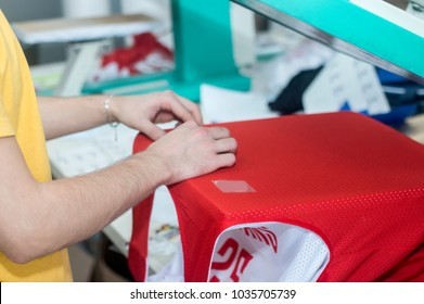 Textile industry-machine for press printing on sport clothes