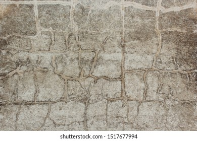 texture with curved lines on concrete
