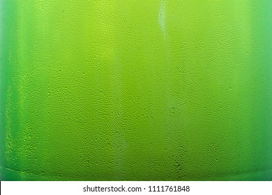 texture drops on a beer bottle