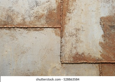 Texture of the metal with welded seams