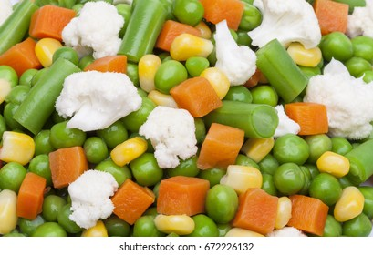 Texture of peas, green beans, carrot and cauliflower.