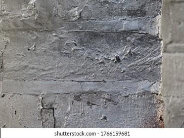 Textur einer silberlackierten Steinecke, Raum für Text oder Graffiti