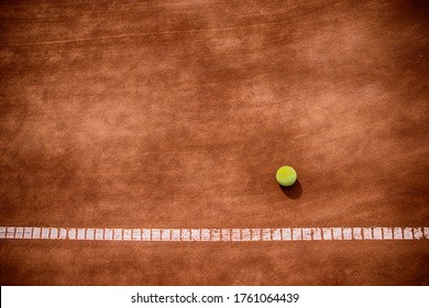 The texture of the tennis court on slag