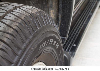 texture of used car tyre