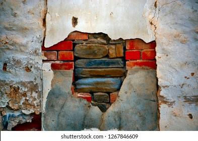 Textured wall brick deconstruction