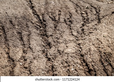 Textures developed in soil as a result rain water erosion