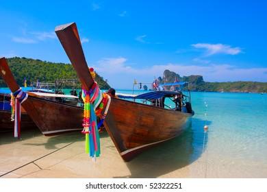 Thai boat in the bay