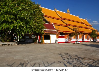 Thai Buddhist Temple at Chiang Kham Thailand
