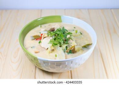 Thai Chicken Soup in Coconut Milk : Thai cuisine - Tom Kha Kai -