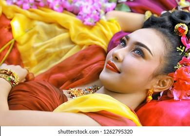 Thai costume beautiful women, khon thai costume, asian women in traditional costume of thailand,Beautiful thai woman,Traditional Thai Costumes,Thai period costume,Thai period dress