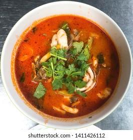 Thai food / Tom yum kung / Tom yum soup