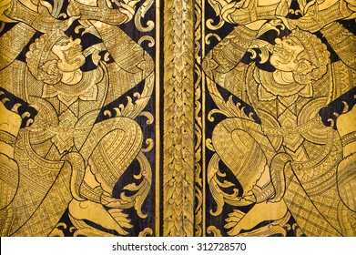 Thai giant is shoulder thai divinity gold painting on wood at Wat Jadee Luang,Chiang Mai Thailand