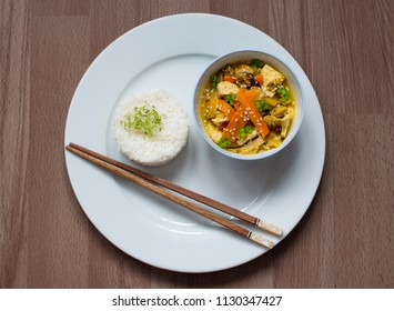 Thai green curry with tofu and rice