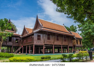 Traditional Thai House Images, Stock Photos & Vectors