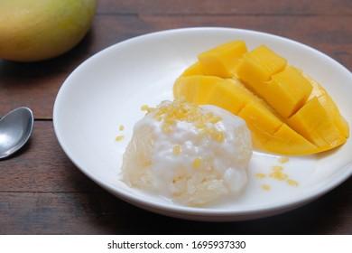 Thai Mango Sticky Rice And Bean
