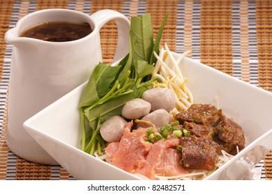 Thai noodle and soup