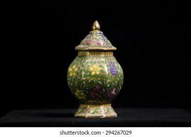 """Thai porcelain called """"Benjarong"""""""