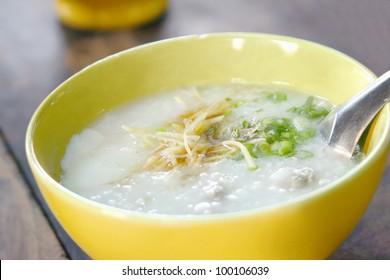 Thai rice porridge with pork