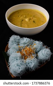 Thai style food , Crab coconut milk curry  with natural steamed small noodle