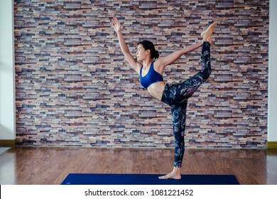 ?Yoga thai style in studio.