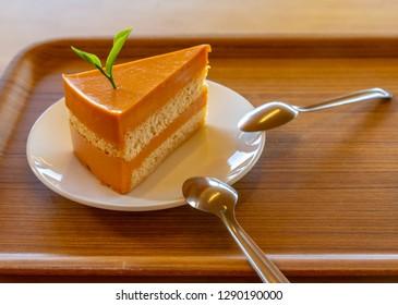 Thai tea cake and two spoon