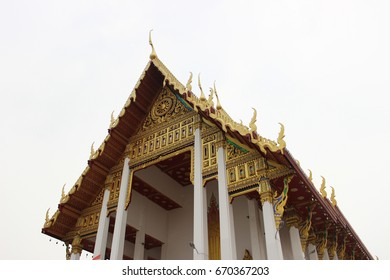 Thai temple. Wat Kea Nang Loeng. Banhkok. Mitchibancha. Thai architect.