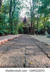 Thai Temple the way go Through Pay Respect and Meditation cleaning you Soul you Mind You Heart to be happily with people around and universe