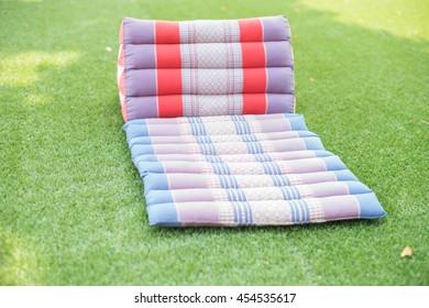 Thai triangle pillow with cushion