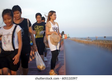 """THAILAND 19 MAR, 2017; """"Dolphin View Point"""" (Mutshanu Shring) the tourists to admire the rest in the evening, Samut Sakhon province."""